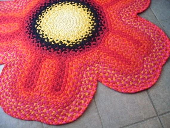 коврик в виде цветка