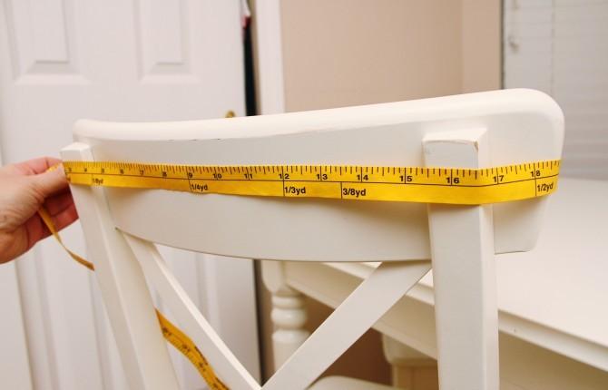 Измерение ширины спинки стула