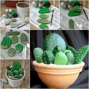 кактусы из камня