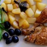 Картошка с курицей и маслинами