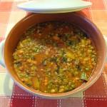Суп в керамической кастрюле