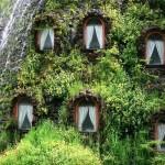 окна необычного отеля