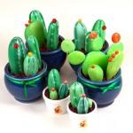 кактусы из камней