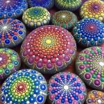 расписанные камни от Элспет Маклин